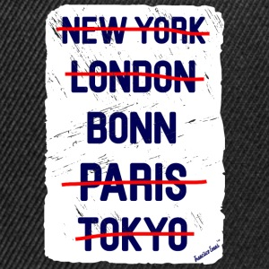 NY London Bonn..., Francisco Evans ™ T-skjorter - Snapback-caps