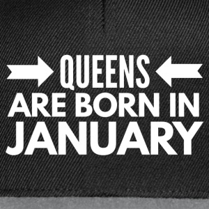 Queens are born in January Hoodies & Sweatshirts - Snapback Cap