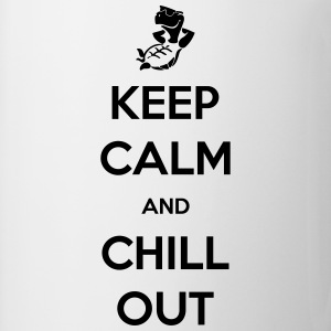 keep calm and chill out Tee shirts - Tasse