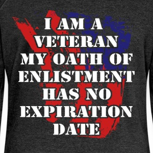 I am a veteran my oath of enlistment has no expira - Women's Boat Neck Long Sleeve Top