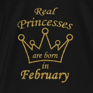 Real Princesses are born in February  Hoodie Pulli - Männer Premium T-Shirt