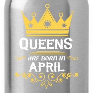 Queens are born in April Long sleeve shirts - Water Bottle