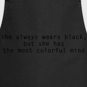 She Always Wears Black  T-skjorter - Kokkeforkle