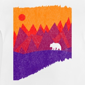 Hear the mountains' call - Baby T-Shirt