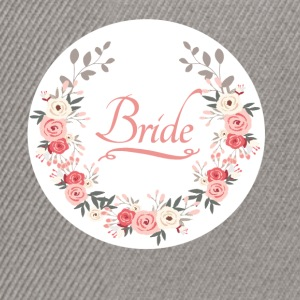 bride_rose_wreath T-shirts - Snapback cap