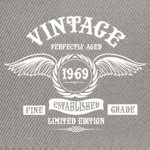 Vintage Perfectly Aged 1969 T-Shirts - Snapback Cap