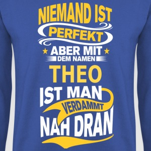 THEO T-Shirts - Männer Pullover