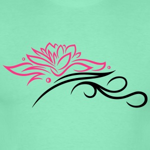 Lotus mit Tribal, Wellness, Yoga - Männer T-Shirt