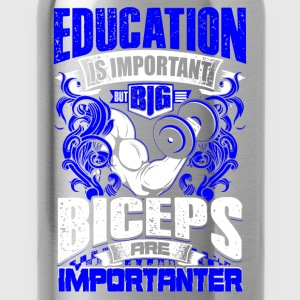 Design: Biceps Are Importanter - blue - Workout - EN T-shirts - Vattenflaska