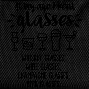 At my age I need glasses... T-shirts - Ryggsäck för barn