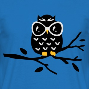 Red Owl Hoodies & Sweatshirts - Men's T-Shirt