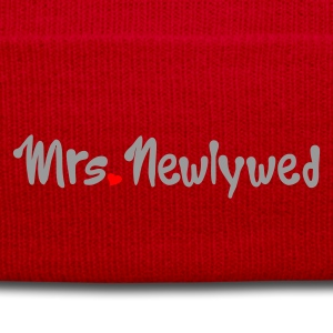 Red Mrs Newlywed Women's T-Shirts - Winter Hat