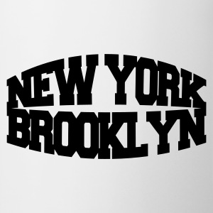 Blanco new york brooklyn Camisetas - Taza