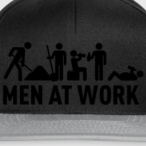 men at work - construction area - worker hard working Tee shirts - Casquette snapback