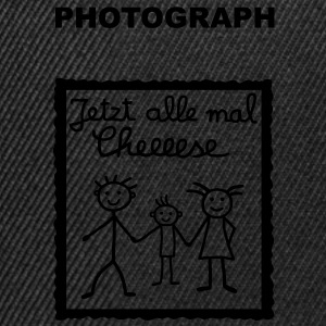 Photograph - Jetzt alle mal  T-Shirts - Snapback Cap