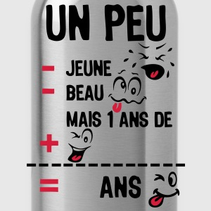 age mettre moins jeune beau plus smiley8 Tee shirts - Gourde