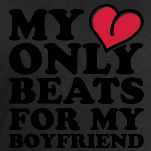 my heart beats only for my boyfriend Tee shirts - Sweat-shirt Homme Stanley & Stella