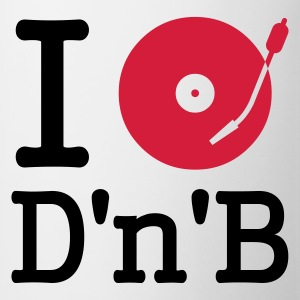 :: I dj / play / listen to drum and bass :-: - Tasse