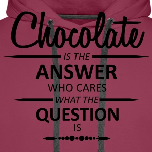 Chocolate is the answer  T-Shirts - Männer Premium Hoodie