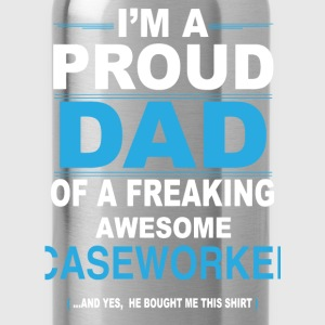 dad CASEWORKER son T-Shirts - Water Bottle