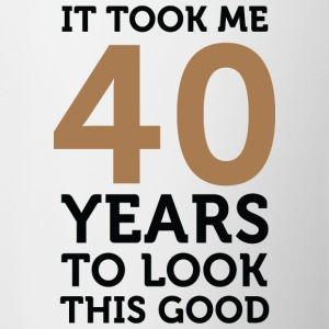 40 Years To Look Good 1 (dd)++ T-shirt - Tazza
