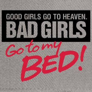 Bad Girls 2 My Bed 2 (2c)++ Bluzy - Czapka typu snapback