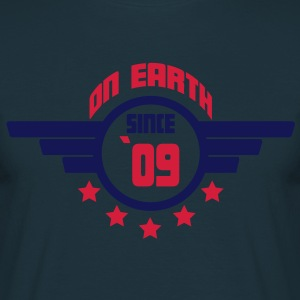 09_on_earth Kookschorten - Mannen T-shirt