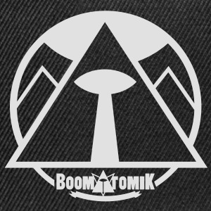 Boom pyramid Tee shirts - Casquette snapback
