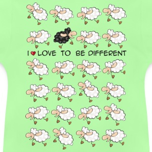 I love to be different Kids' Tops - Baby T-Shirt