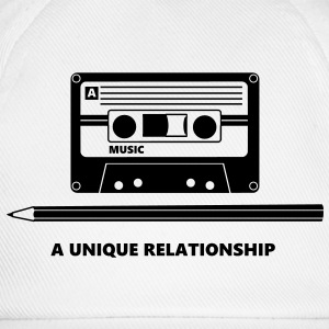 Kassette Stift Tape Pencil Relationship T-skjorter - Baseballcap