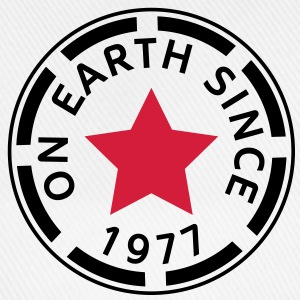 on earth since 1977 (de) T-Shirts - Baseballkappe