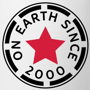 on earth since 2000 (nl) T-shirts - Mok