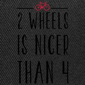 FIXED GEAR: 2 WHEELS IS NICER Kinder T-Shirts - Snapback Cap
