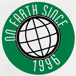 Birthday Design - On Earth since 1996 (sv) Barn-T-shirts - Baby-T-shirt