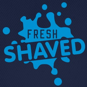 fresh shaved | frisch rasiert T-Shirts - Baseball Cap