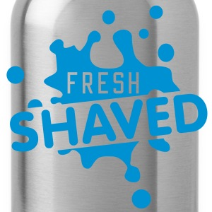 fresh shaved | frisch rasiert T-Shirts - Drinkfles
