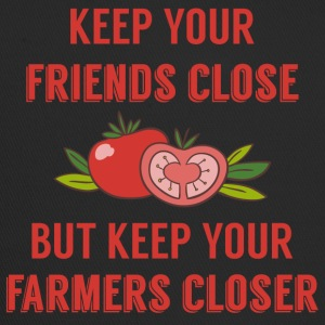 Farmer / Landwirt / Bauer: Keep your friends close - Trucker Cap