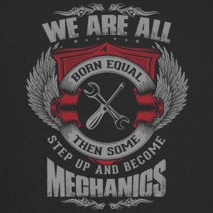 All are born equal mechanic - Trucker Cap