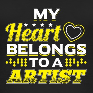My Heart Belongs To A Artist - Women's Organic Tank Top