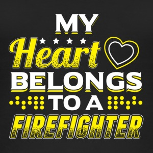 My Heart Belongs To A Firefighter - Frauen Bio Tank Top