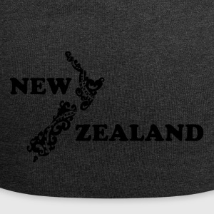 New Zealand: map and lettering in black - Jersey Beanie