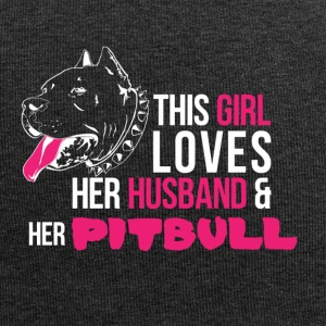 This woman loves her Pitbull and her husband. - Jersey Beanie
