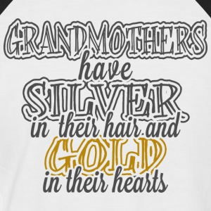 Grandmothers Have Gold In Their Hearts - Men's Baseball T-Shirt