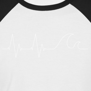 cardiowaves white - Men's Baseball T-Shirt