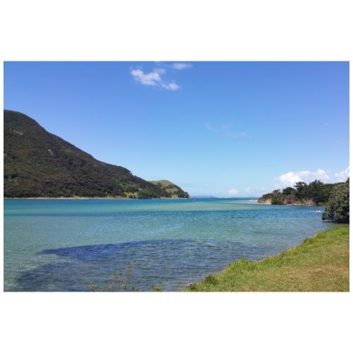 Türkis-blaues Meer mit blauem Himmel - Neuseeland - Turnbeutel