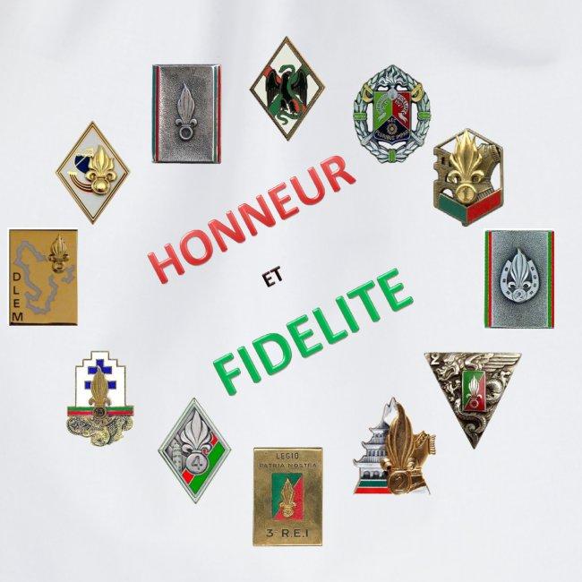 Les insignes de la Légion étrangère