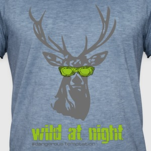"Deer with sunglasses ""wild at night"" - Men's Vintage T-Shirt"