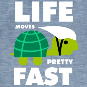 Life moves pretty fast - Men's Vintage T-Shirt