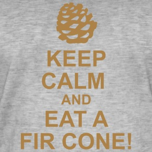 Keep Calm pine cones - Men's Vintage T-Shirt