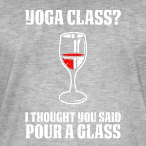 Yoga or wine funny sayings - Men's Vintage T-Shirt